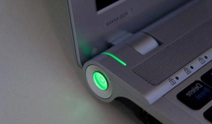 як заряджати батарею ноутбука